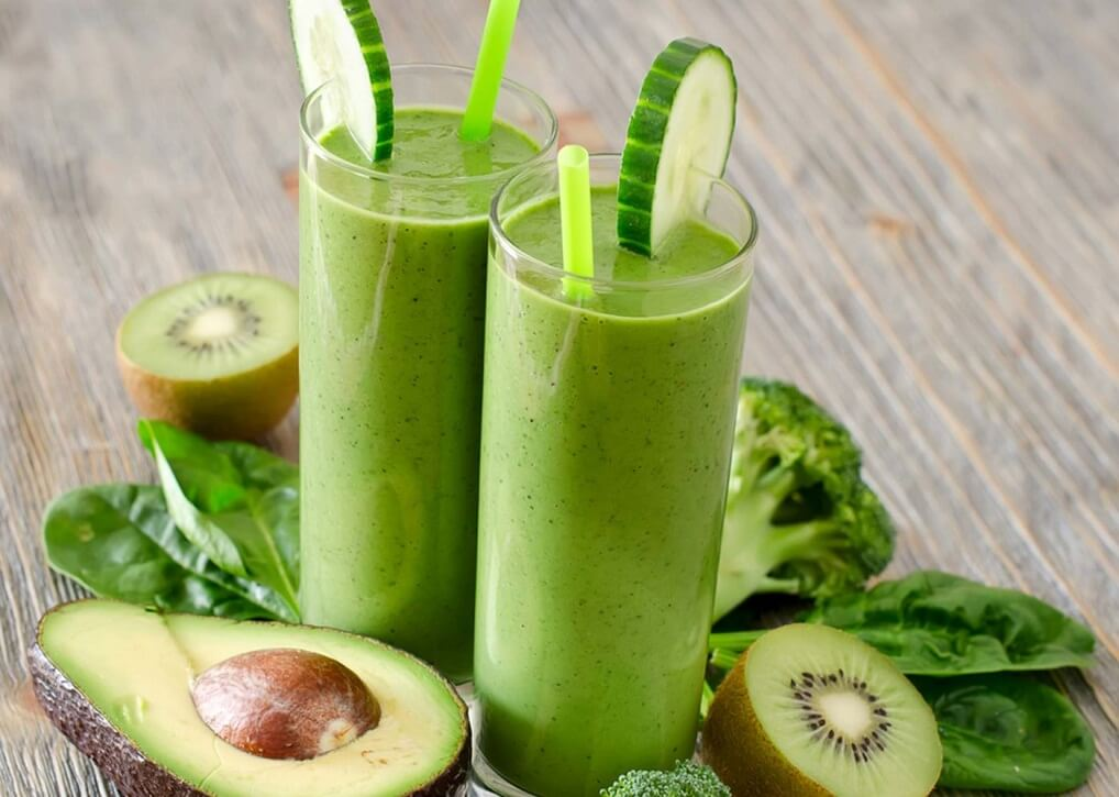 Avocado Cucumber Kiwi Smoothie